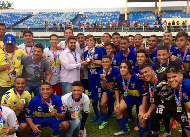 Ferj Sampaio Correa Conquista O Titulo Estadual Sub 17 Das Series B E C