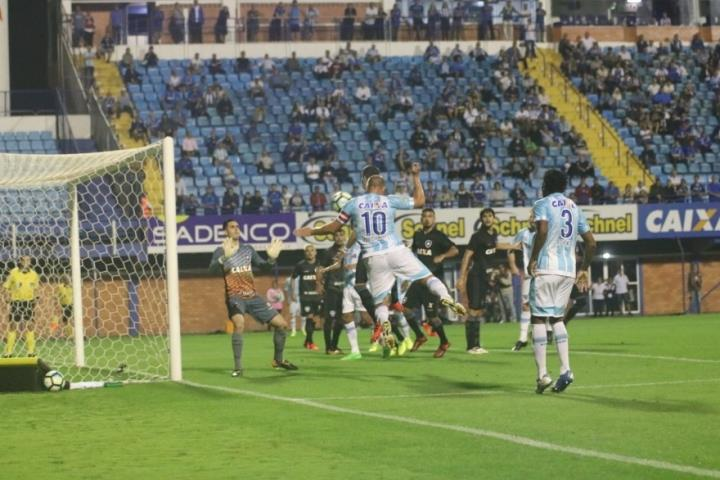 Botafogo arranca empate nos acréscimos com o Avaí-SC na Ressacada