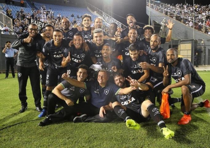 Botafogo se garante na fase de grupos da Libertadores
