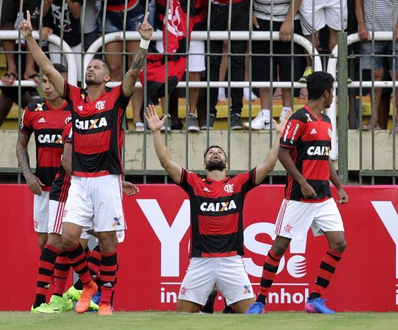Flamengo vence o Vasco e se classifica para final