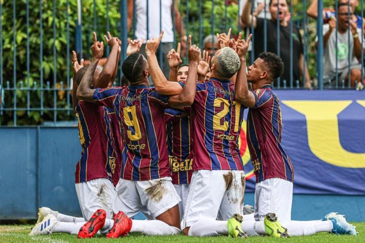 Madura estreia com vitória na Taça GB