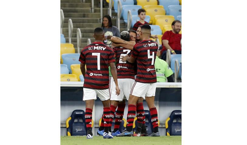 Flamengo derrota o Voltaço e assume a ponta do Grupo A