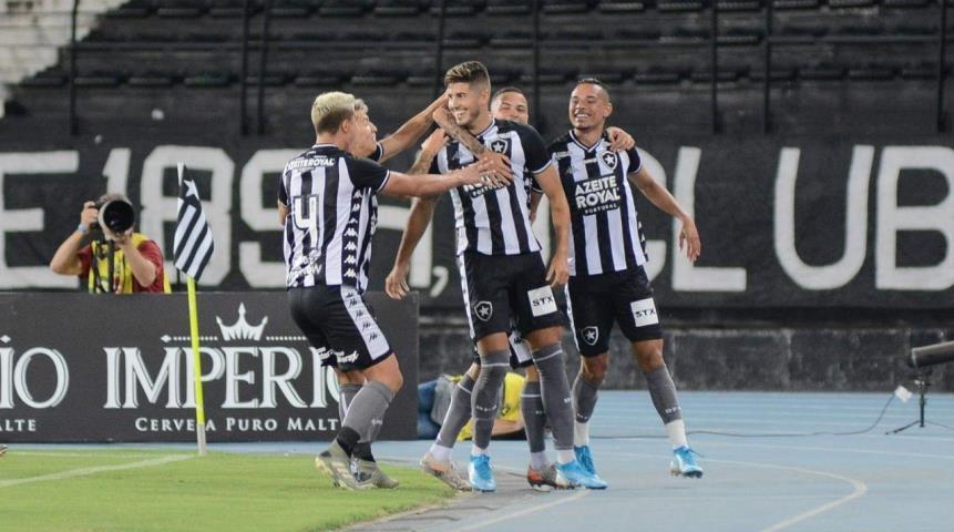 Botafogo estreia titulares e fatura a 1ª vitória no Carioca